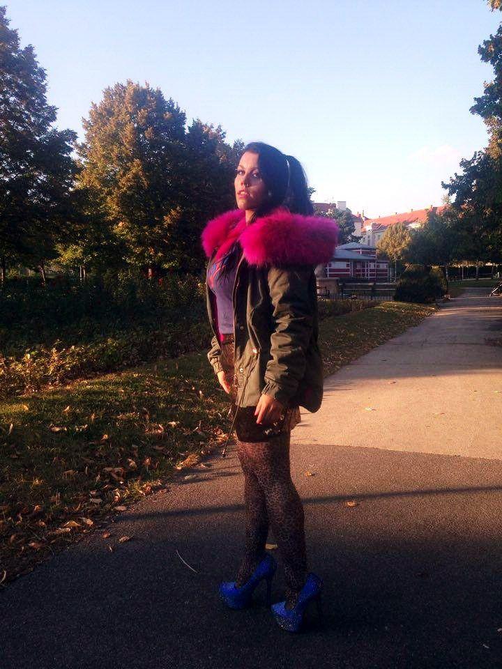 LOVE at first Sight: Winter Parka mit Pinkem Fell