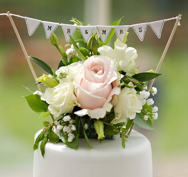 wedding cake topper bunting mini bunting cake topper amp country garden wedding favour 26303