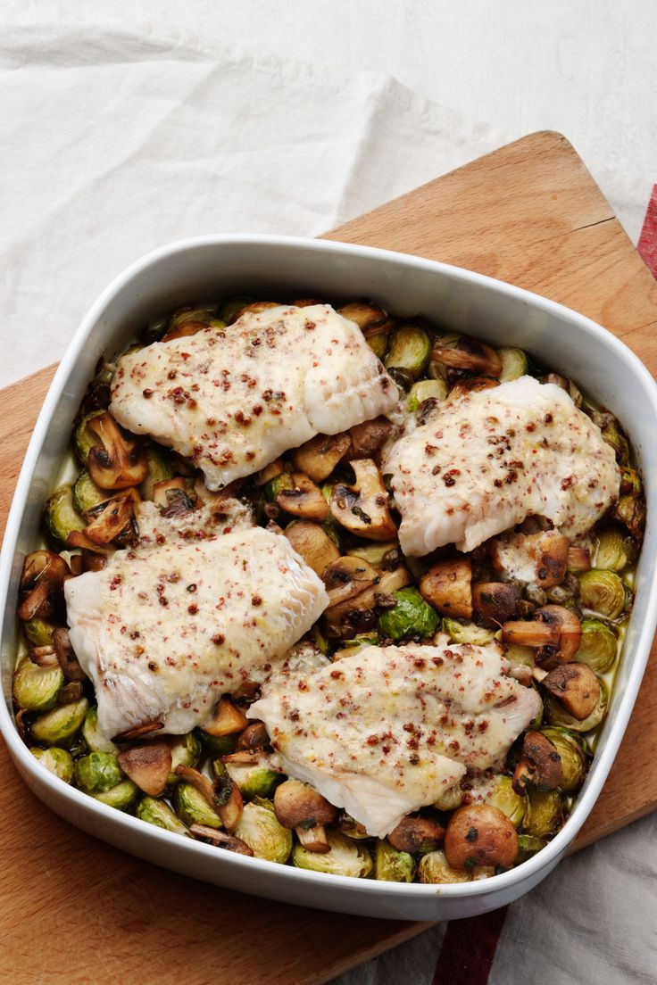 Cod with Brussels Sprouts and Mushrooms - Diet Doctor