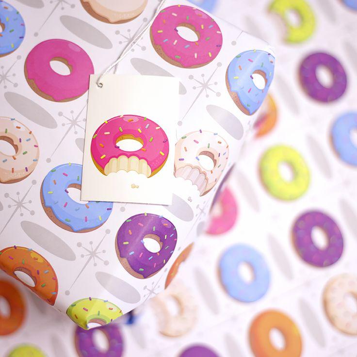 Papier cadeau à la feuille avec étiquette - #Donut