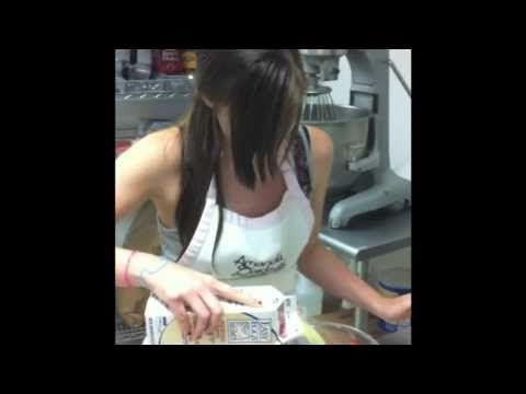 How to Make Italian Meringue Buttercream - Amanda Oakleaf Cakes
