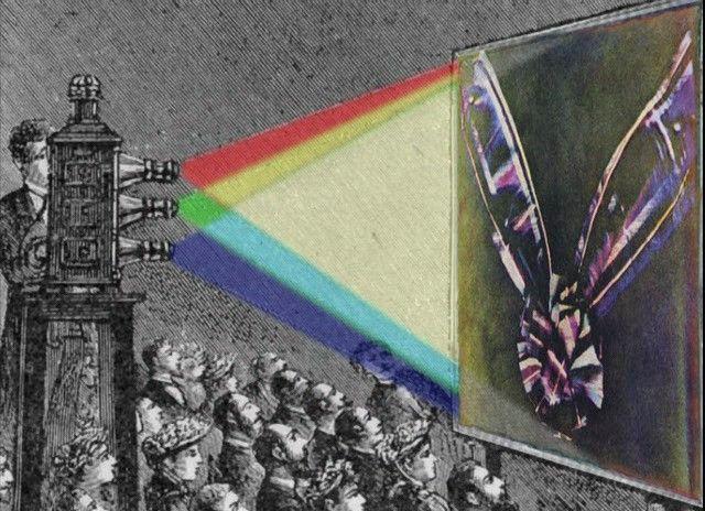 ¿Sabes quién inventó la fotografía a color? James Clerk Maxwell, un físico de origen escocés que desarrolló la teoría electromagnética clásica y la teoría cinética de gases, también se interesó por la óptica y estudió el color y la visión; y Thomas Sutton, un ingeniero que siempre le gustó inventar, se interesó tanto por la fotografía, que abrió el primer estudio de revelado en su país natal, Reino Unido, el Establishment for Permanent Positive Printing; ambos son considerados cómo los…