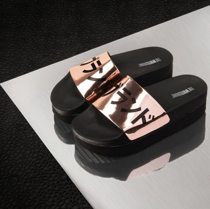 The White Brand Copper metallic platform sandals! #Newcollection #Japanese  #slidepoolsandals #sliders