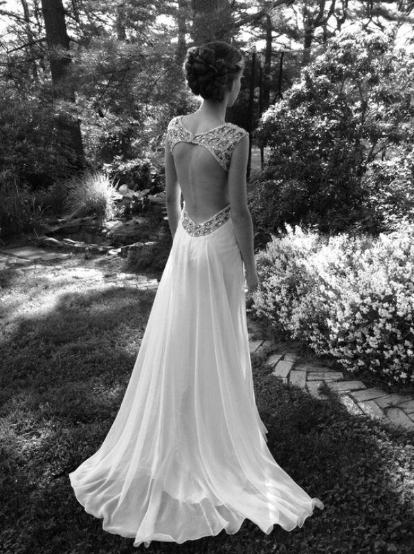 Sexy rückenfreies Hochzeitskleid