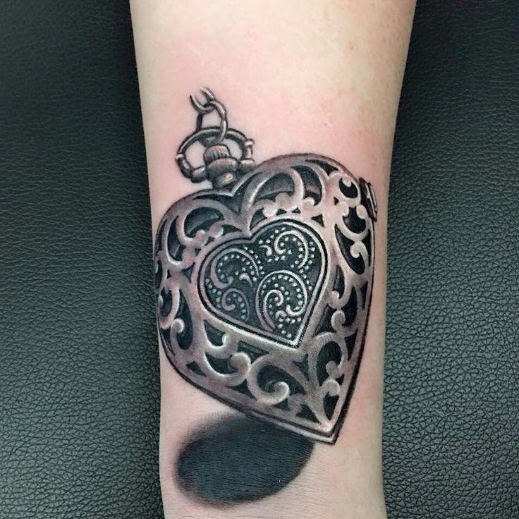 25 Heart Locket Tattoo Designs Ideas: 25+ Beautiful Locket Tattoos Ideas On Pinterest