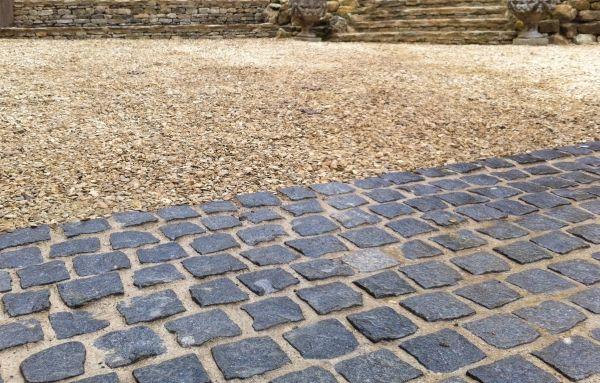 TWG Stonework Stonemasons Oxfordshire - Specialising in stonework, dry stone walling, wet stone walling, paving, Cotswold stone, Hornton sto...