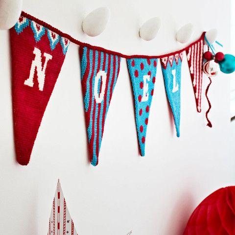 Supersize Stitches Christmas Noel Bunting Cross Stitch Kit