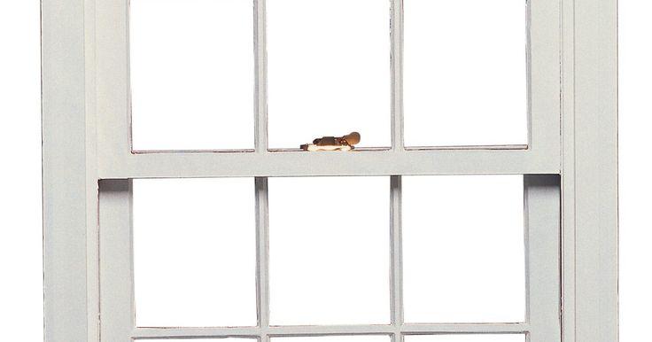 Como trocar o cordão de uma janela guilhotina. Janelas guilhotina velhas eram tradicionalmente equipadas com um sistema de roldanas operado por meio de cordas. Os cordões eram originalmente feitos de algodão, mas agora são também feitos de náilon para a sua durabilidade e resistência à retenção de água. Cordões de janelas guilhotina são fabricados numa série de diferentes diâmetros, com um ...