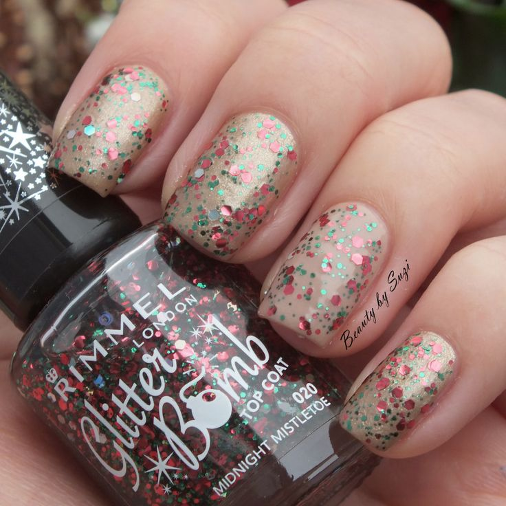Rimmel Glitter Bomb, 021 Midnight Mistletoe #nails #rimmel