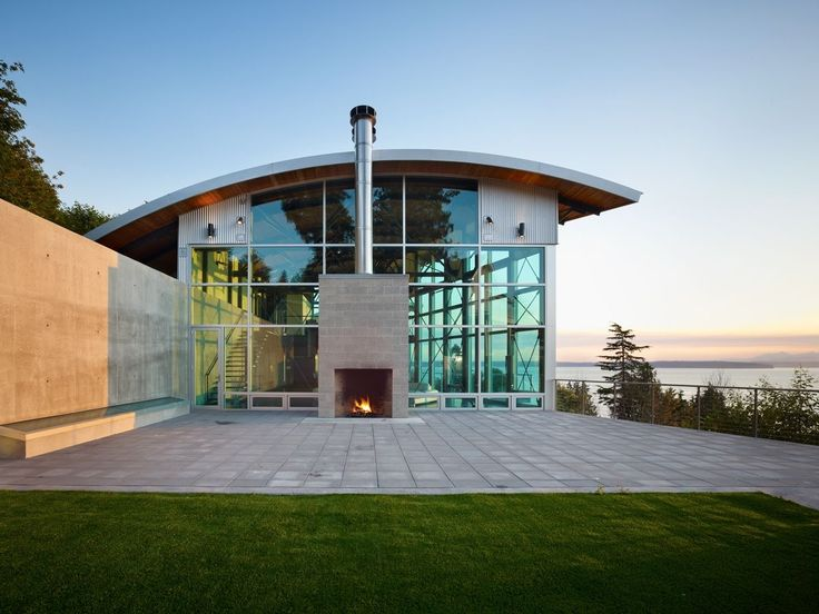 Lawrence Architects Combines Steel, Glass and Concrete to Make Modern Home Magic