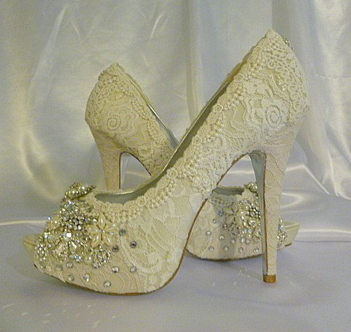 twinkle toes vintage lace wedding shoes 5 by everlastinglifashion 32500