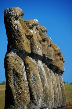 Las cabezas de piedra en la isla de Pascua. Se llama Moai. J.F.