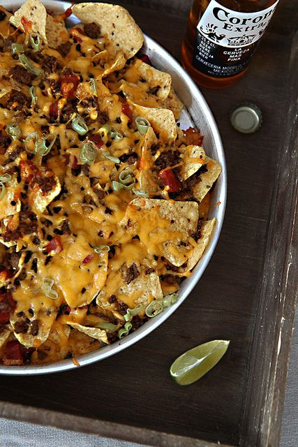 The perfect Super Bowl party food: Loaded Nachos. #nacho #Mexican #TexMex #food #appetizers #party #snacks #cheese