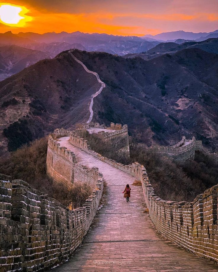 sunset at the huanghuacheng section of the great wall on great wall of china huanghuacheng id=21656