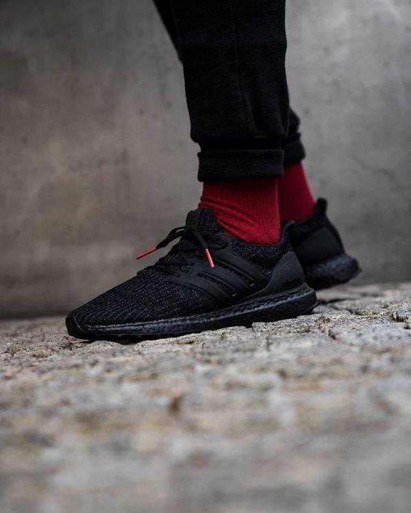 Adidas ultra boost black w/ red tip