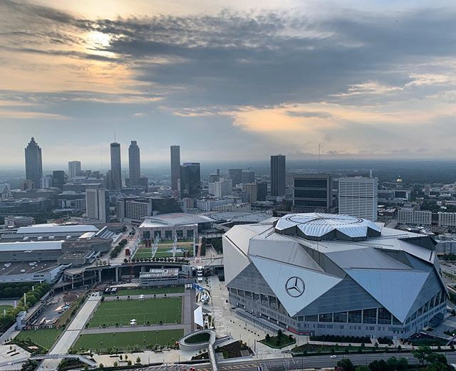 Here S A Nice View Of Mercedes Benz Stadium In Downtown Atlanta Happy Friday Everyone Smilinmarkwsb Nice View Seattle Skyline Skyline