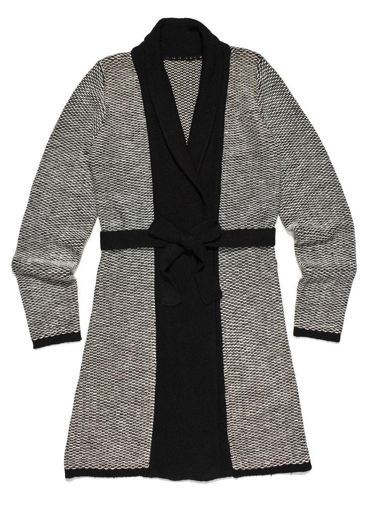 fr-m3, szaro-beżowa tunika, imitująca kimono, z czarnymi elementami