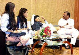 केन्द्रीय ऊर्जा मंत्री का स्वागत | Pratahkal