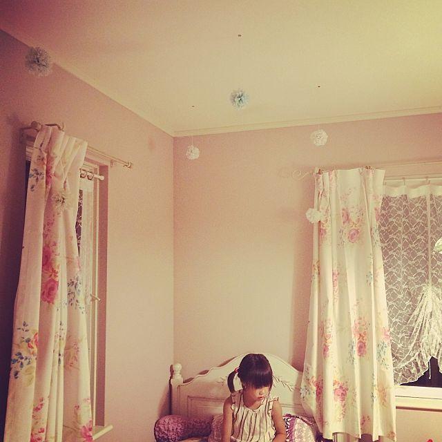 壁 天井 Ikea ピンクピンクピンク ガーリー ペーパーポンポン などの