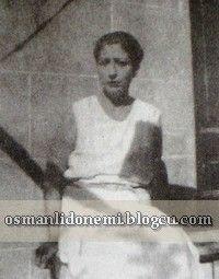 Osmanlı Hanedan Fotoğrafları Vahideddin -Son Padişah Vahideddin'in ikinci eşi Müveddet Kadınefendi Ertuğrul Efendi'nin annesi