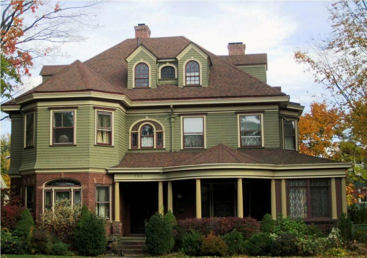 Best Exterior Paint Colors Combinations for Homes - http://www.lookforgoods.net/best-exterior-paint-colors-combinations-for-homes/ : #ExteriorIdeas Exterior paint colors for homes are popular with combinations that available in best styles to choose from based on sense of style in the effort to make much better quality of beauty. Most popular paint colors for exterior homes such as Glidden and Kwal are top for Florida homes which these days...
