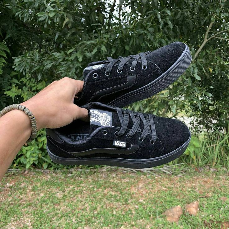 VANS TNT ALL BLACK Size 36-42  Rm85 Free postage sm/ss  S300 (D)  For order whatsapp 0183574998 (Nuna)  #sneakersmurah #sneakersmalaysia  #sneakershipster #2018 #hipster #kasuthipster #kasuttrending #kasutmurah  #kasutsukan #kasutmurahmalaysia #sneakersmurah #kasutsukanmalaysia #newyear #kasutonlinemurah #gerobokhunnie  #sandals #kasutboot #teambabah