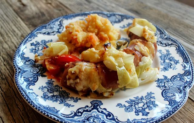 MONICAS MATVERDEN: Fylte kjøttpølser med eple og ost