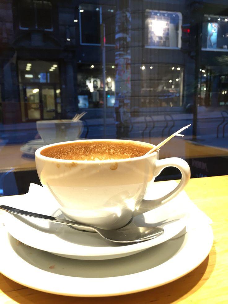 Coffe break in #Oslo #kaffebrenneriet