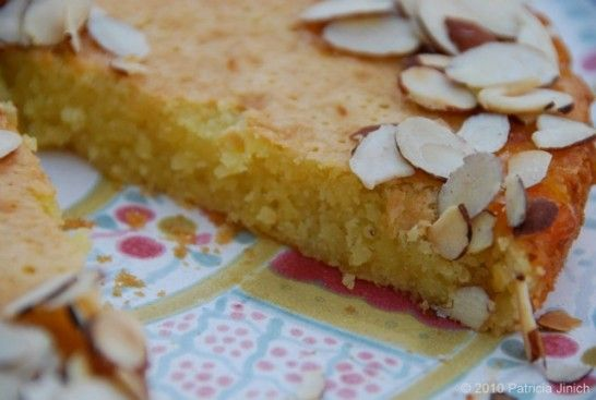 Flourless Almond and Porto Cake - traditional Mexican dessert