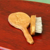 Sweep Your Model Scene With Miniature Bristle Brushes @ miniatures.about.com