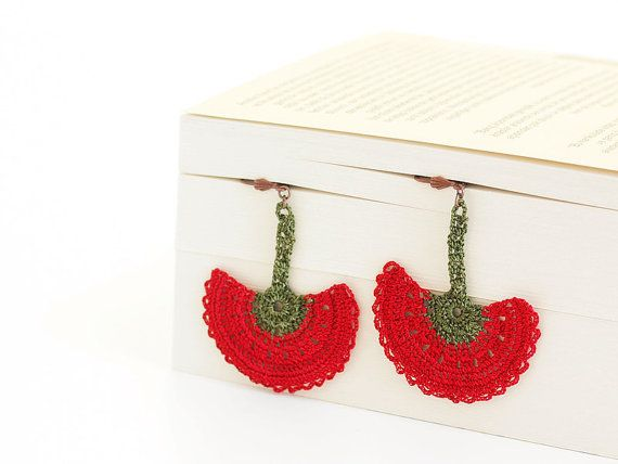 Crocheted Dangle Earrings Red Green Flower
