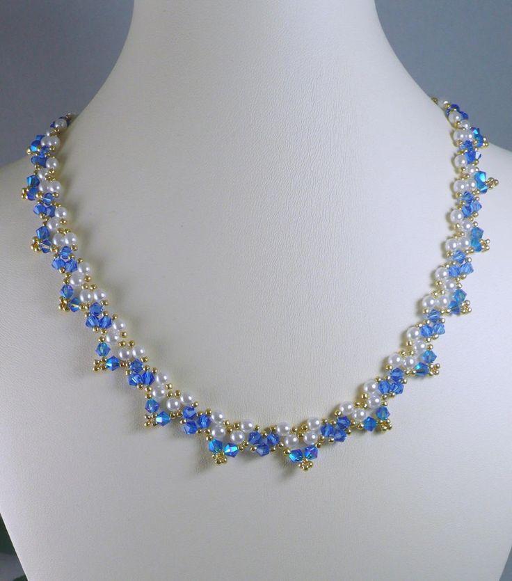 Collar tejido de perlas y Swarovski cristal ABx2 zafiro azul