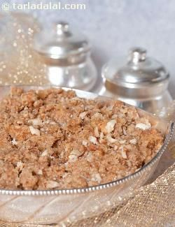 Walnuts are cooked with rawa, ghee and sugar and flavoured with cardamom to make a delicious, quick and scrumptious halwa.