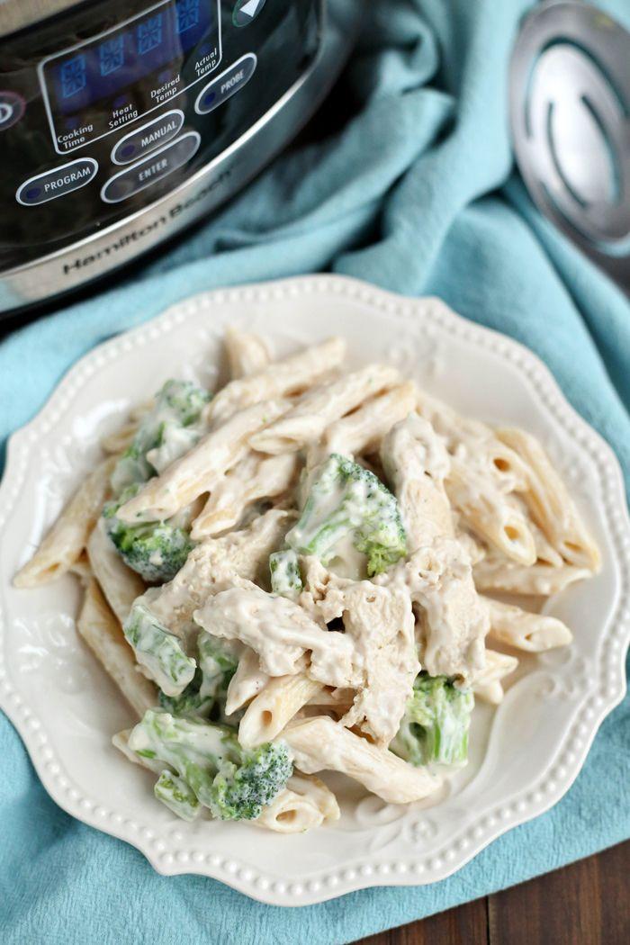 Chicken Alfredo on Pinterest | Slow cooker easy recipes, Chicken ...