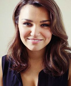 Samantha Barks! She is amazing. She sang in the movie Les Miserables as Éponine and also in the west end musical as Éponine. Currently shes playing Nancy in the musical Oliver!. Anyway, one of my all time favorites!