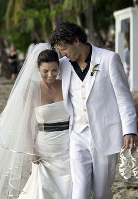 Shania Twain married Frederic Thiebauld in Puerto Rico on January 1, 2011.
