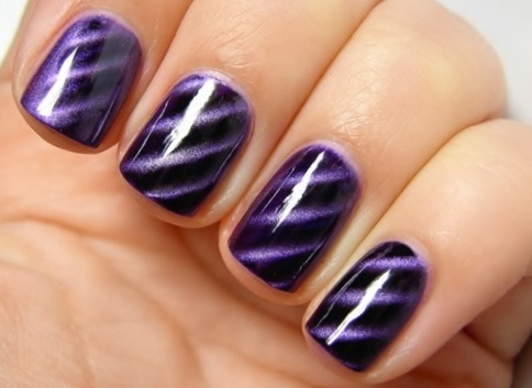 Purple Magnetic nails - New nail polish with magnetic stuff in it! Use a  magnet to get the designs - 59 Best Magnetic Nails Images On Pinterest Magnetic Nail Polish