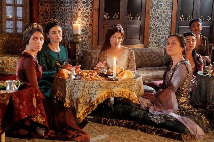 hatice sultan dresses - Szukaj w Google