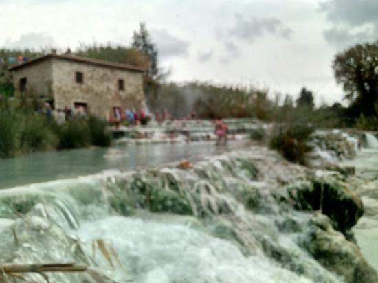 Foto di Cascate del Mulino