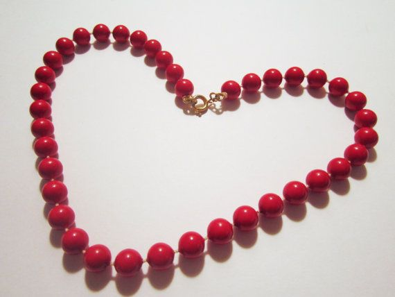 Vintage Cherry Red Beaded Necklace jewelry   by NewUsedVintage, $5.00