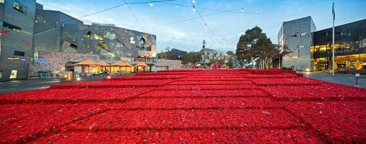 5000 Poppies Project: ANZAC Centenary - Federation Square