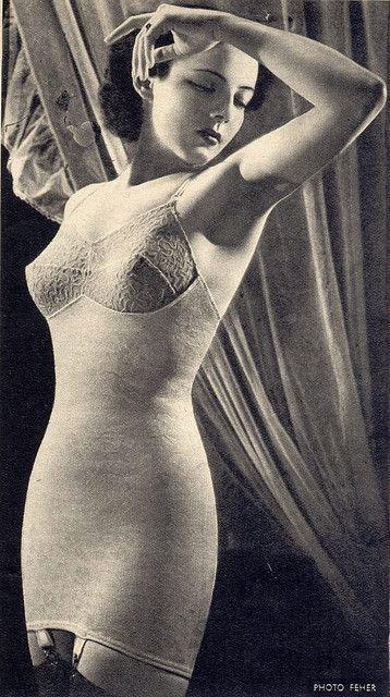 Ligne underwear ad, 1950s