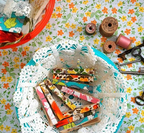 clothespinsClothing Line, Crafts Ideas, Fabrics Scrap, Vintage Fabrics, Diy Clothing, Scrapbook Paper, Scrap Fabrics, Clothing Pin, Fabrics Covers
