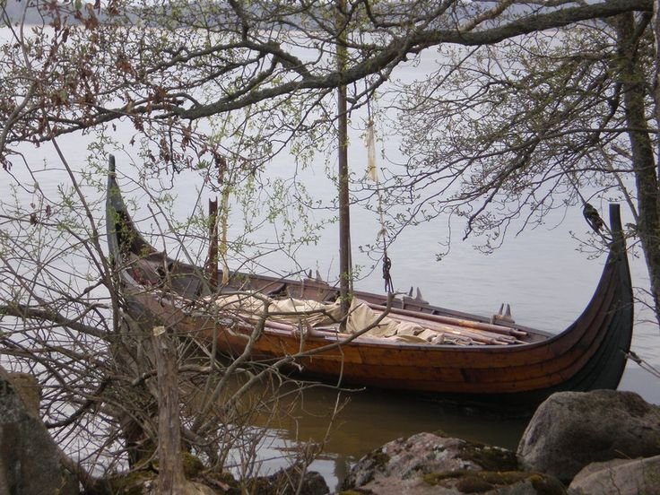 This is the viking ship Stefnir at harbour in Mora fields.