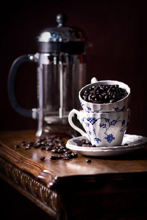 Coffee beans & Finlandia.: Cup, French Press, Coffee Break, Coffee Beans, Café, Coffee Time, Morning, Tea