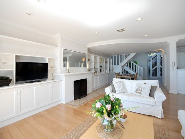 Living Areas image: Browns, Whites - 327585