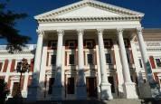 """Taaltoffie ondersoek die woord """"parlement"""""""