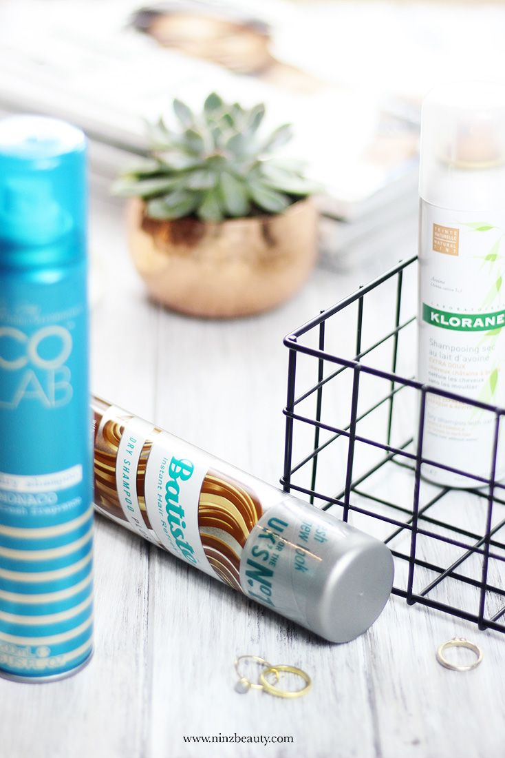What is dry shampoo and how to use it? Dry shampoos give lifeless hair amazing body and a refreshing boost between washes. Talking about my top 3 dry shampoos for voluminous and healthy looking hair on the blog today.