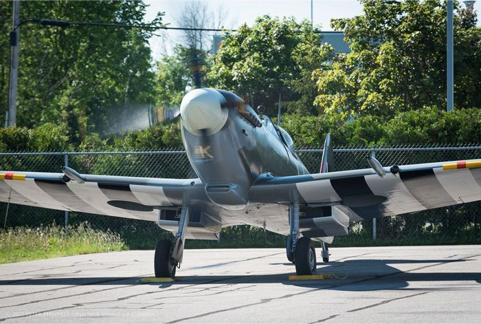 The First Flight of the Roseland Spitfire IX > Vintage Wings of Canada
