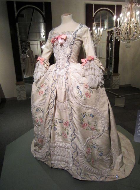 La robe de marie antoinette